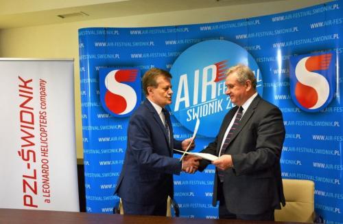 konferencja podpisanie umowy o współpracy z PZL - Świdnik